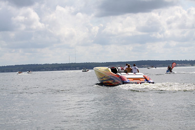 2013 Lake Conroe TOPPS Poker Run Saturday